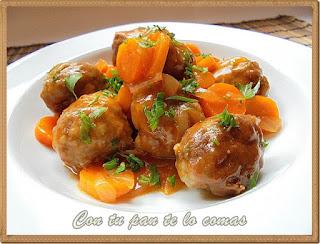 Albóndigas con salsa de zanahorias