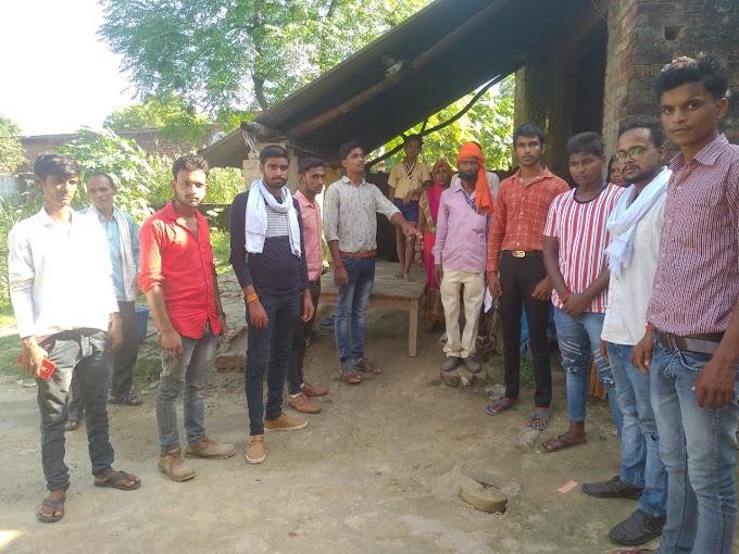 भुजराई कांड के पीड़ित परिवार की भगवा रक्षा वाहिनी परिषद द्वारा मदत का आश्वासन