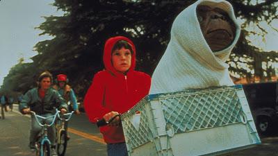 Cena do filme E.T. - O Extraterrestre  (Divulgação: Studio Universal)