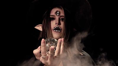 Mônica de bruxa (Foto: Divulgação/SBT)