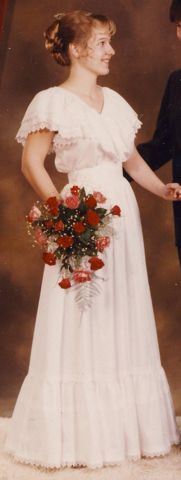 Mias: Fra brudekjole til dåpskjole