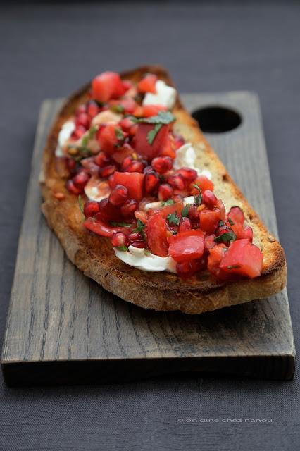tartine burrata , tomates grenade