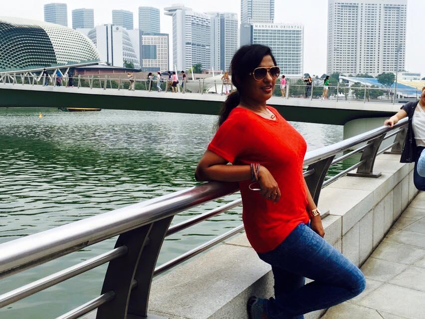 Shalu Menon Latest Hot Exposing HD Photos | JOLLYWOLLYWOOD