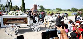 بالفيديو: الولايات المتحدة: هيوستن تودع جورج فلويد في جنازة مهيبة