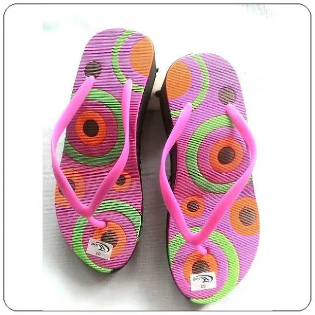 Grosirsandalmurah.net -Sandal Wedges - Rai Cewe Tinggi Motif