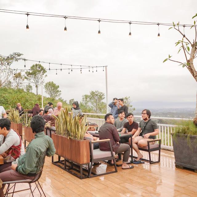 Taman Langit Cafe Baturaden Banyumas