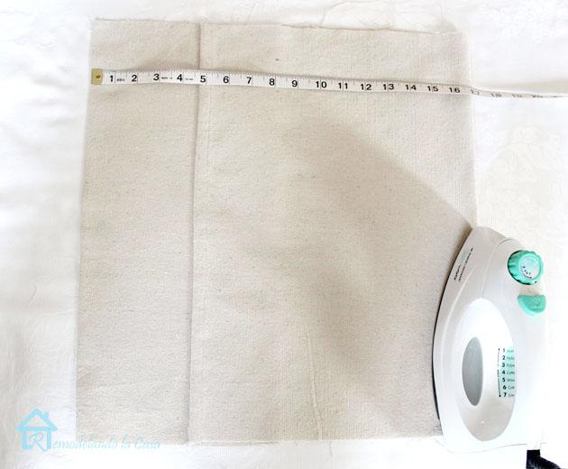 envelope pillow - ironing and mesuring