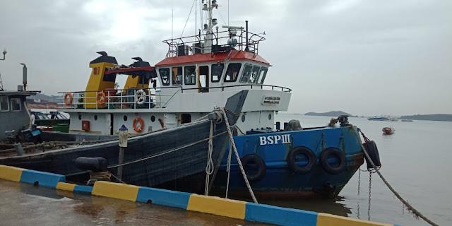 Satgassus Trisula Bakamla RI Tangkap Dua Kapal Perdagangan BBM Illegal