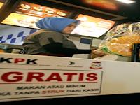 Kepala Bapenda Dampingi KPK dan Pj. Walikota Makassar Sidak Alat Perekam Pajak Hotel Restoran