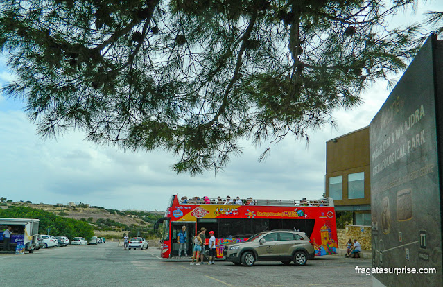 ônibus hop on - hop off em Malta