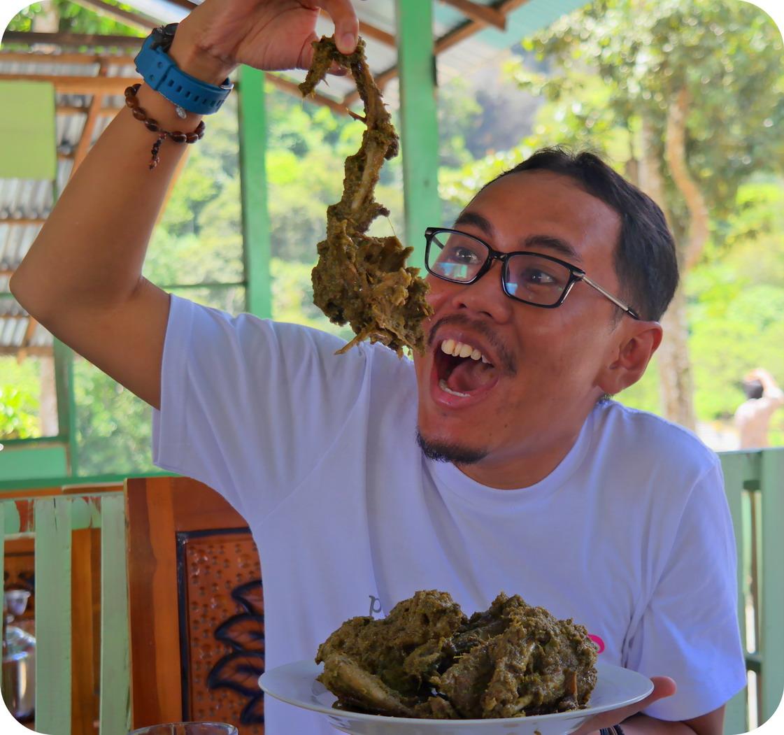 Blog Indonesia Page 4059 Of 4065 Tcash Vaganza 28 Sambal Bawang Bu Rudy Khas Surabaya Gulai Itiak Lado Mudo Ngarai Sianok
