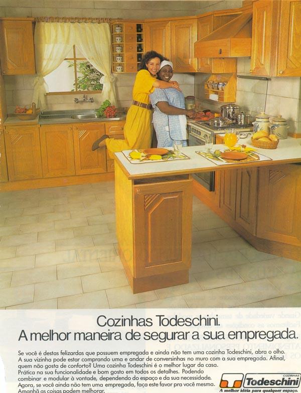 Anúncio antigo da Todeschini promovendo sua linha de cozinhas em 1990