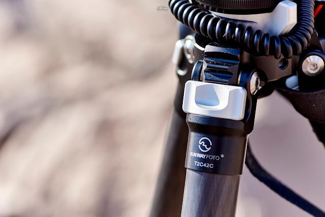 Sunwayfoto T2C42C Tripode CF Pestillo bloqueador