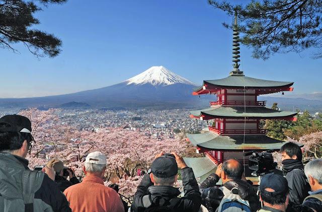 Viajar para o Japão pode ficar ainda mais caro, já que o governo estuda a possibilidade de criar um imposto para turistas