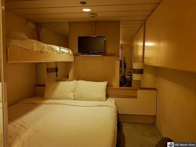 Cabine do navio Monarch da Pullmantur - Cruzeiros marítimos: tudo sobre viagem de navio
