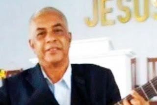 Pastor mata outro pastor a facadas e pedradas após discussão sobre a Bíblia