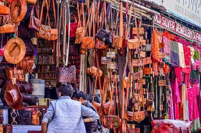 udaipur-market