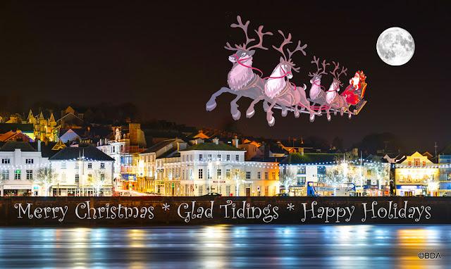 Santa Calls at Bideford - Photo credit B. Adams