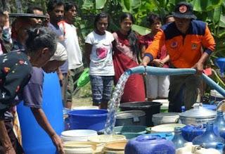 Lingkungan Binabaru Krisis Air Bersih, Warga Nilai Pemerintah Tidak Serius Penuhi Janji
