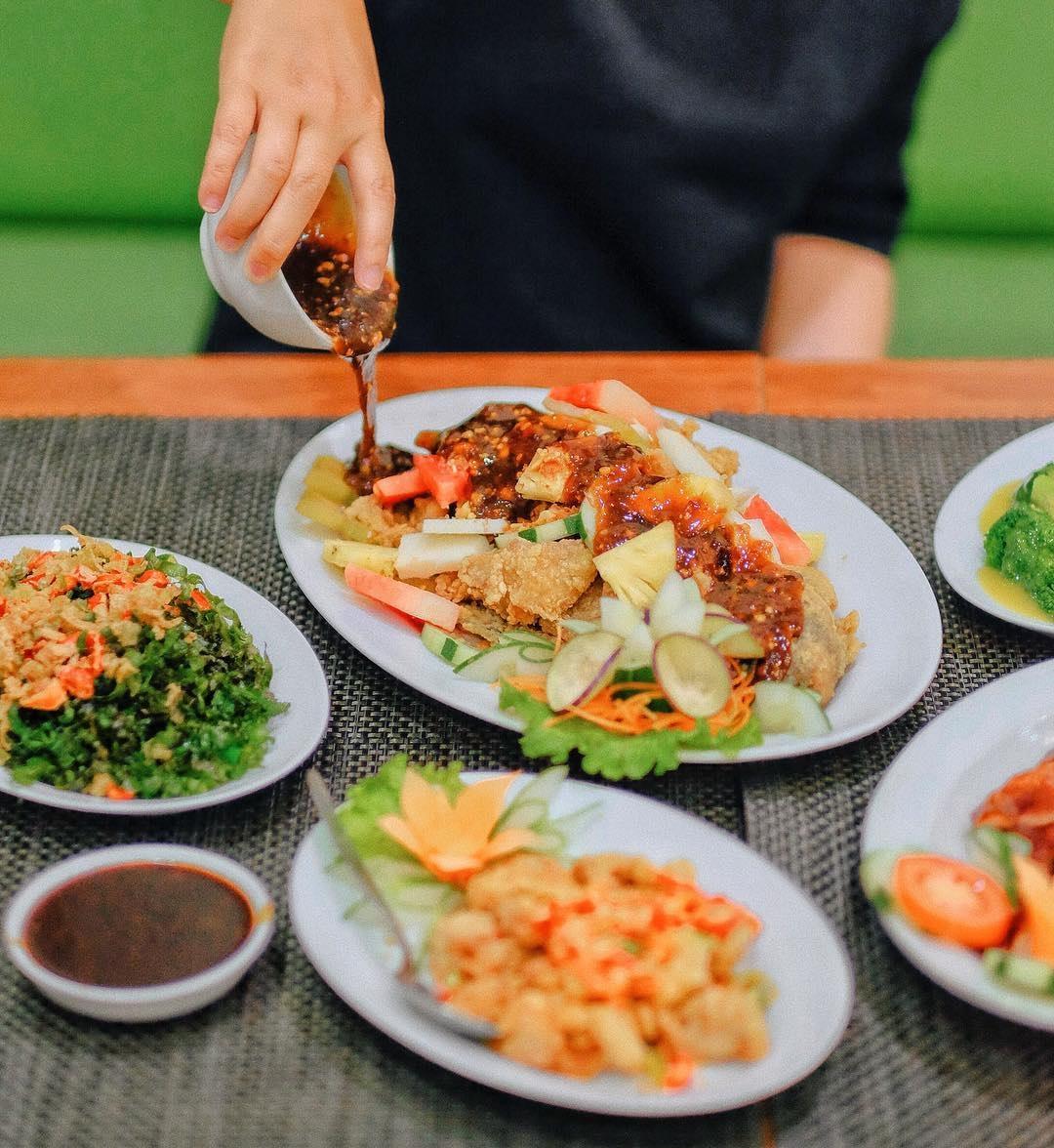 Wisata Kuliner Itik Emas Resto Semarang