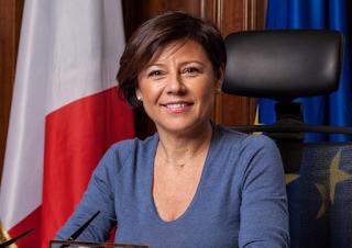 Ministra ai Trasporti Paola De Micheli: Deroghe ai tempi di guida