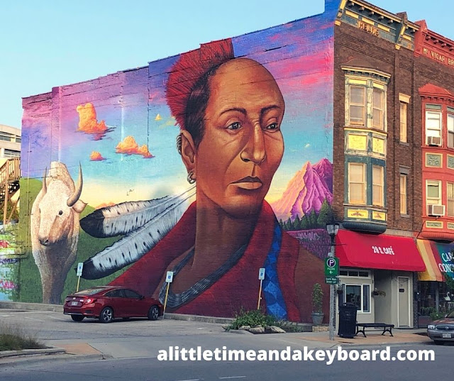 Both stunning and powerful, the Black Hawk Mural in Janesville is a must see.