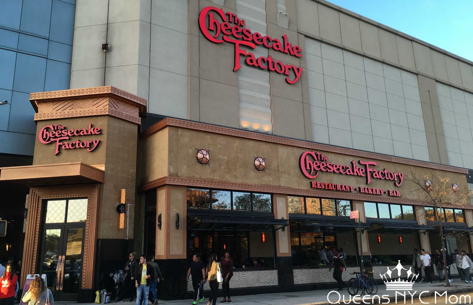Review The Cheesecake Factory Restaurant Queens Center Mall