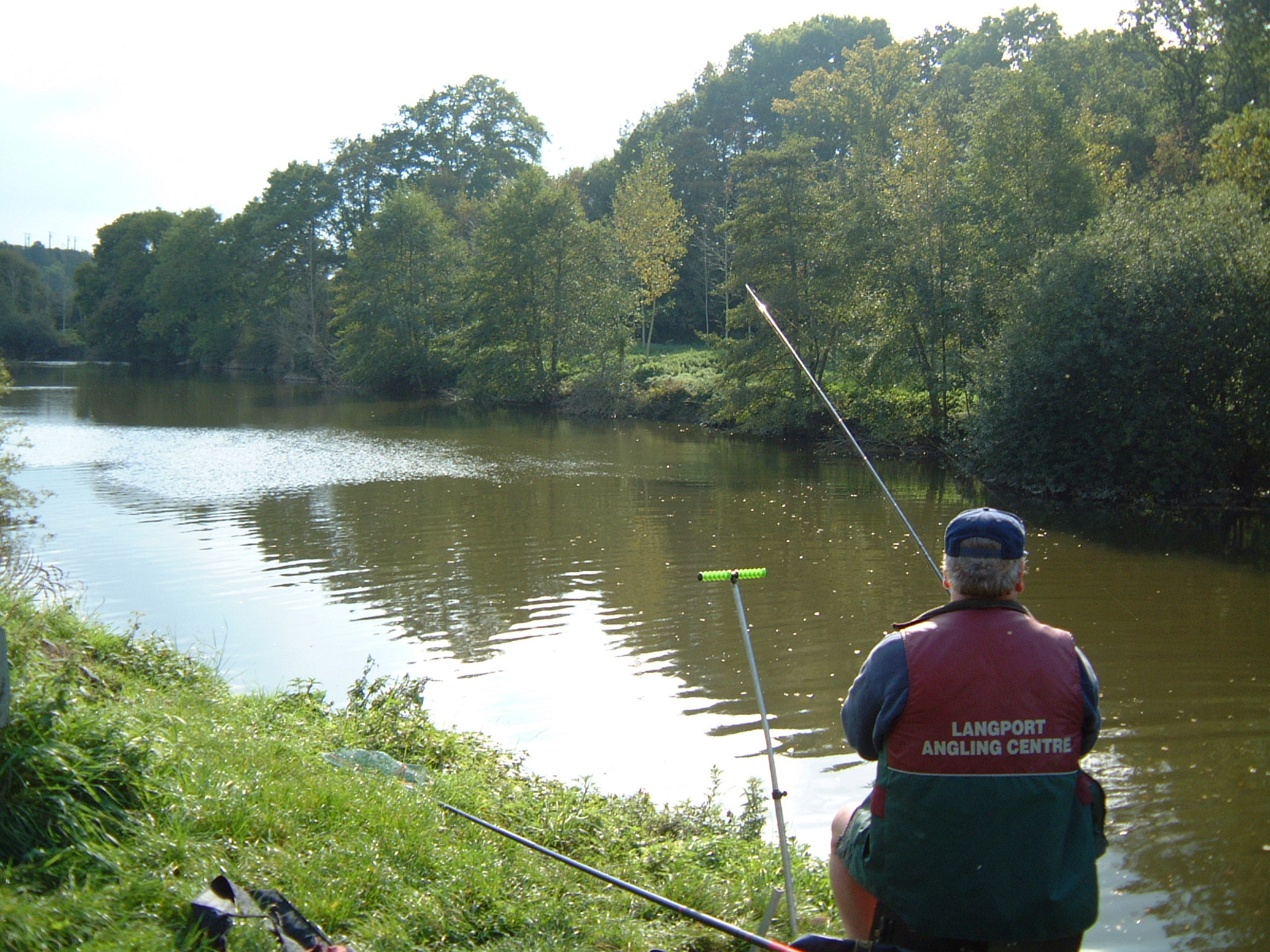 Against men and fish fishing in france baz morgan part 2 for Fishing in france