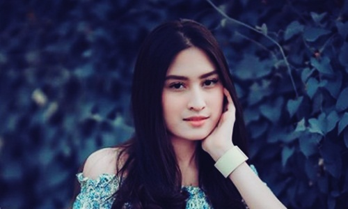 Biodata Angbeen Rishi Si Aktris FTV Cantik Pasangan Adly Fairuz
