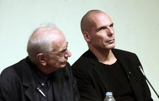 Ο Κώστας Γαβράς γυρίζει σε ταινία το βιβλίο του Βαρουφάκη