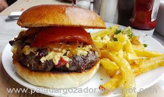 Marilyn sangucheria Lastarria hamburguesa suiza