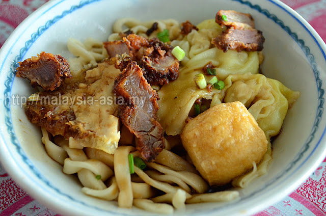 Sandakan Kueh Teow with Deep Fried Pork
