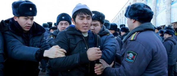 الصين تعتقل ظُلمًا مليونَ مسلم. أين الغضبُ العالمي؟!