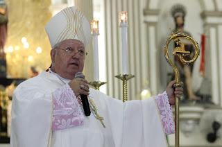 http://www.vnoticia.com.br/noticia/4588-bispo-de-campos-divulga-orientacoes-para-a-festa-de-corpus-christi