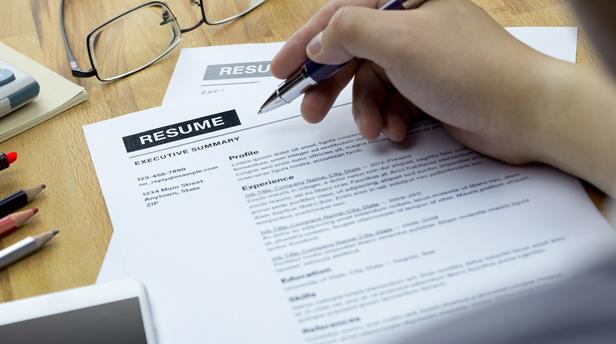 Berikut 3 Keuntungan Menulis CV Berbahasa Inggris