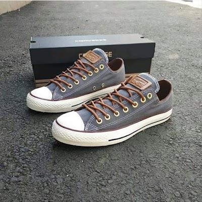 Sepatu Converse Peached