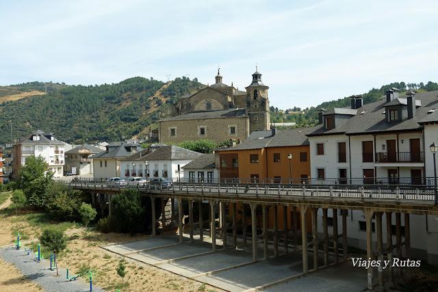 Vistas desde el puente medieval,Villafranca del Bierzo, León