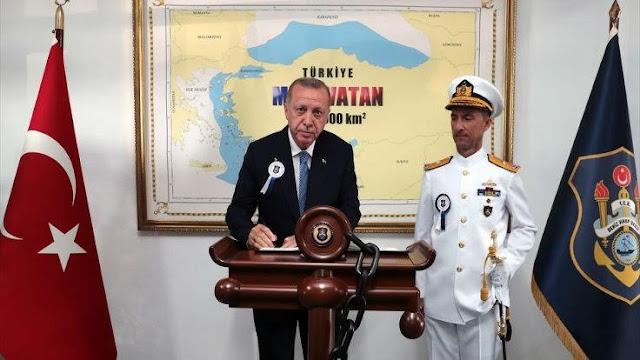Erdogan muestra mapa antigriego