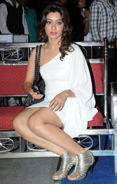 Payal Ghosh Telugu Actress Latest Hot Thigh Stills Actress Trend