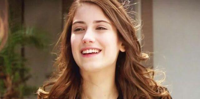 هزال كايا : مستاءة لأنه فاتني الدور ، لكنني مسرورة بمفاجأة!