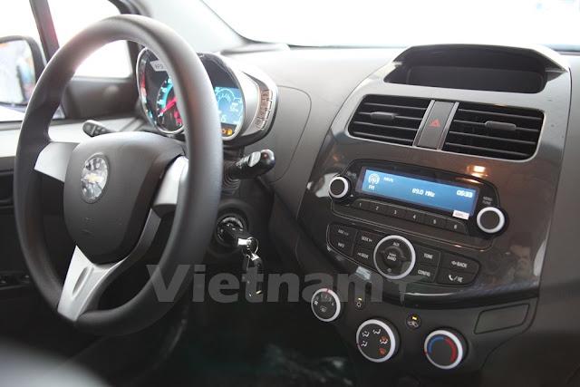 Giá xe Chevrolet Spark Duo 2018 (tiện nghi trên xe)