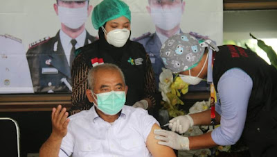 Gelar Vaksinasi untuk 25.000 Orang di Bekasi, Begini Cara Mendaftarnya