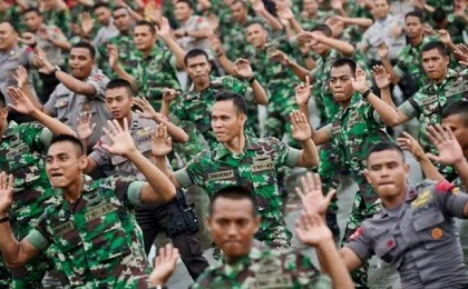 KABAR GEMBIRA !! UANG LAUK PAUK PNS, TNI DAN POLRI NAIK TAHUN DEPAN...