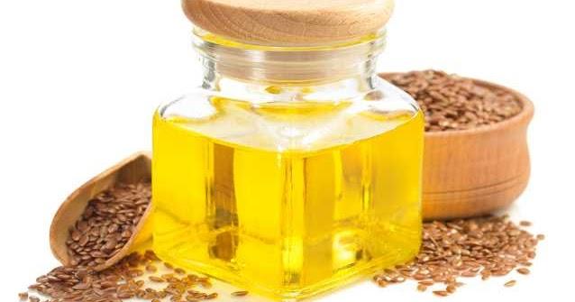 "頭腦好的人都喝亞麻仁油 - 亞麻仁油被稱為「具有能量的聖油」( People with good minds drink linseed oil - linseed oil is called ""the holy oil with energy"" )"