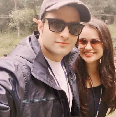 Tina Dabi and Athar Aamir Selfie