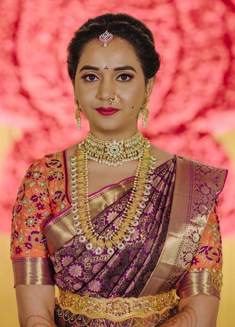 Bride in Pachi Choker Bottu Mala