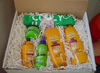Garnier Fructis Triple Nutrition Curl Nourish Collection in box.jpeg