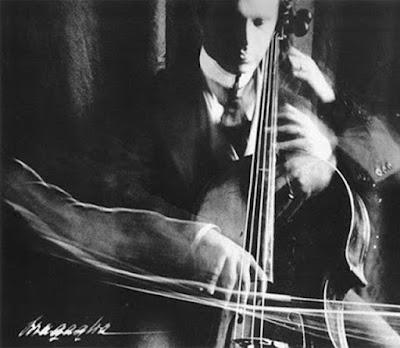 bragaglia_anton_violinist_in_motion.jpg