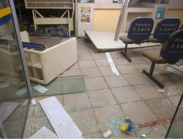 Bandidos explodem agência dos Correios em São Rafael no estado do RN