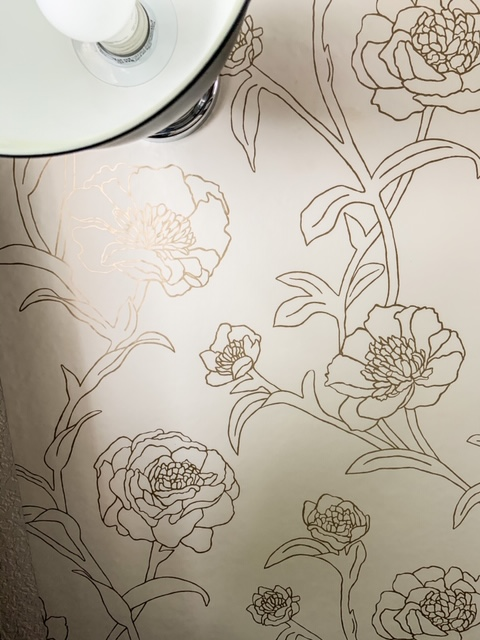 easy wallpaper on the ceiling